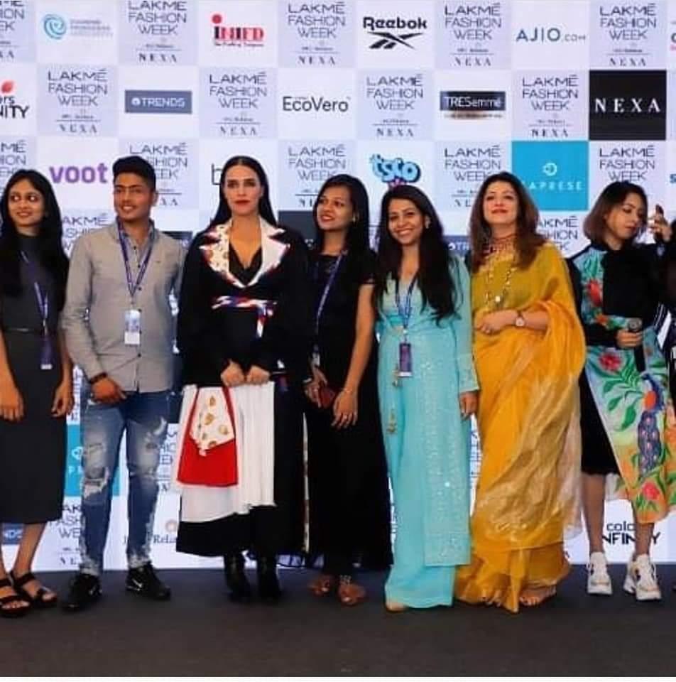 Neha dhupia with the winner